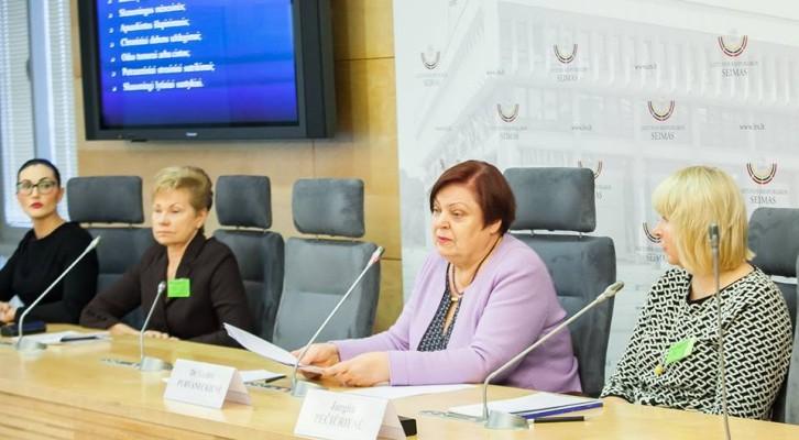 """""""Moterų lytinių organų žalojimas – jau seniai aktualus Lietuvoje"""""""