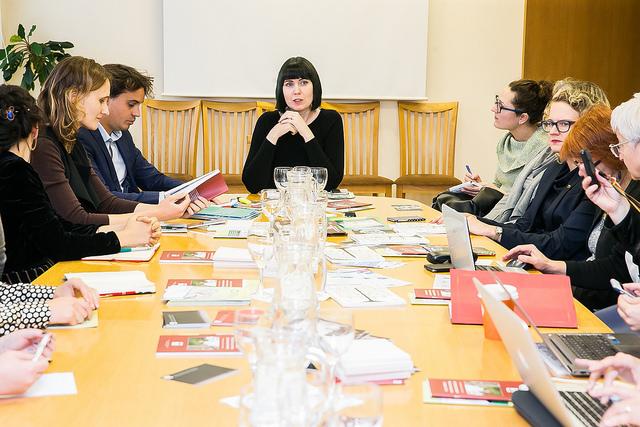 """Seimo narės Dovilės Šakalienės pranešimas: """"Nevyriausybinės organizacijos, ekspertai ir politikai vienijasi Abolicionizmo kampanijai"""""""