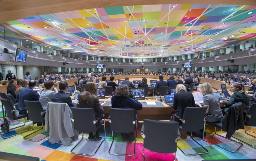 Už socialinę apsaugą ir užimtumą atsakingų ES ministrų dėmesys – socialinės politikos ateičiai bei moterų ir vyrų atlyginimų skirtumo mažinimui